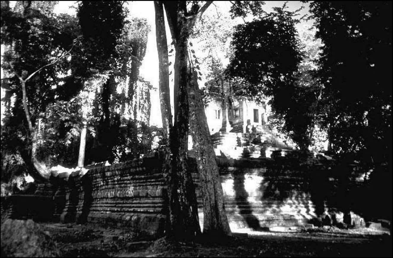 Один из храмов Прах Питу