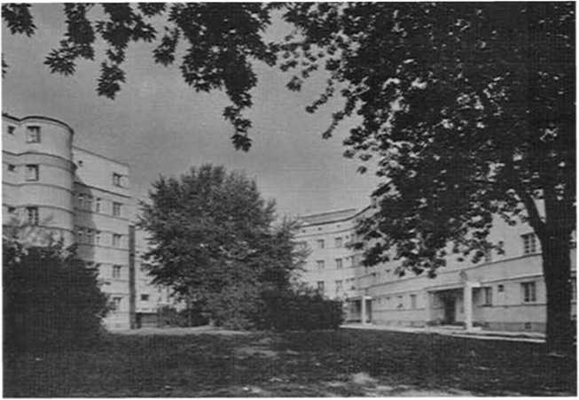 Карл Зайц-Хоф в Вене