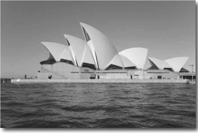 Сиднейский Оперный театр в Австралии спроектированный датским архитектором Йорном Утзоном